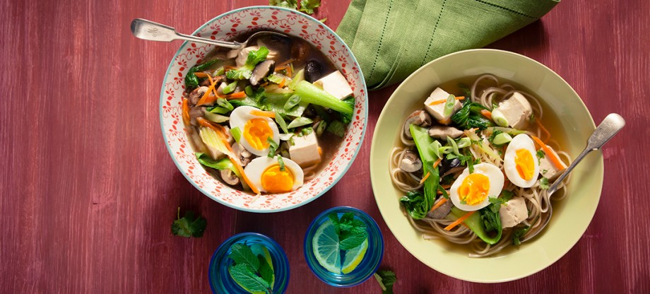 Tofu and Vegetable Ramen Noodle Soup